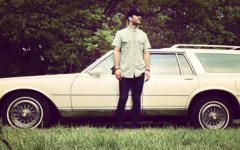 """Review: Sam Hunt's """"Between the Pines"""""""